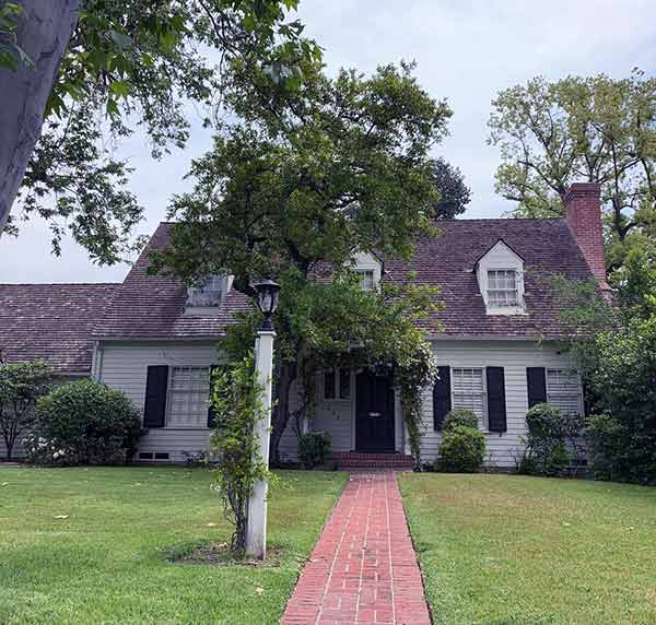 picture of eileen davidshon house
