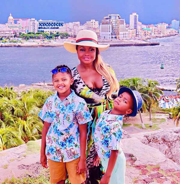 Image of Phaedra Parks with her kids