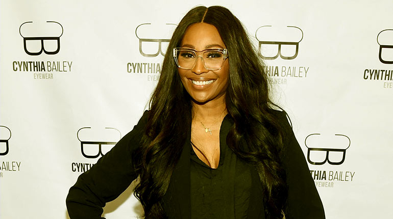 Image of Cynthia Bailey: Who Is Her Fiance. Net Worth, Past Relationship, Daughter, Age