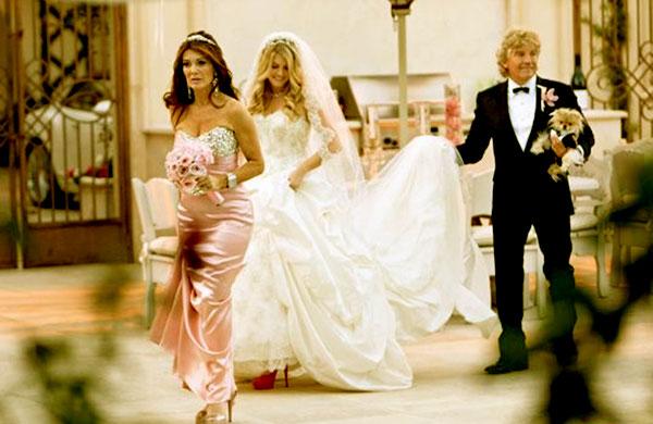 Image of Pandora and Jason's big wedding ceremony